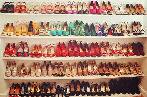 12061-Shoe-Closet