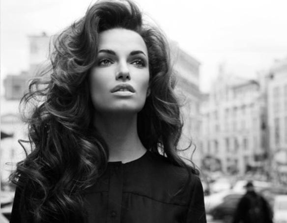 brunette-curls-long-mane-addicts